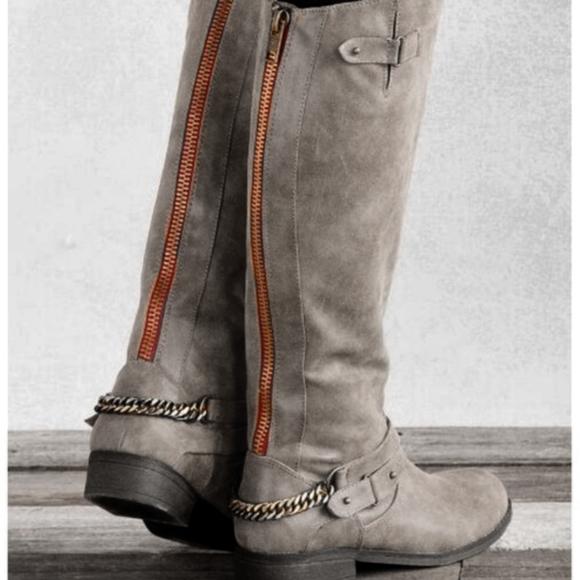encontrar mano de obra mejor elección renombre mundial Steve Madden Shoes | Madden Girl Grey Caanyon Red Zipper Riding ...